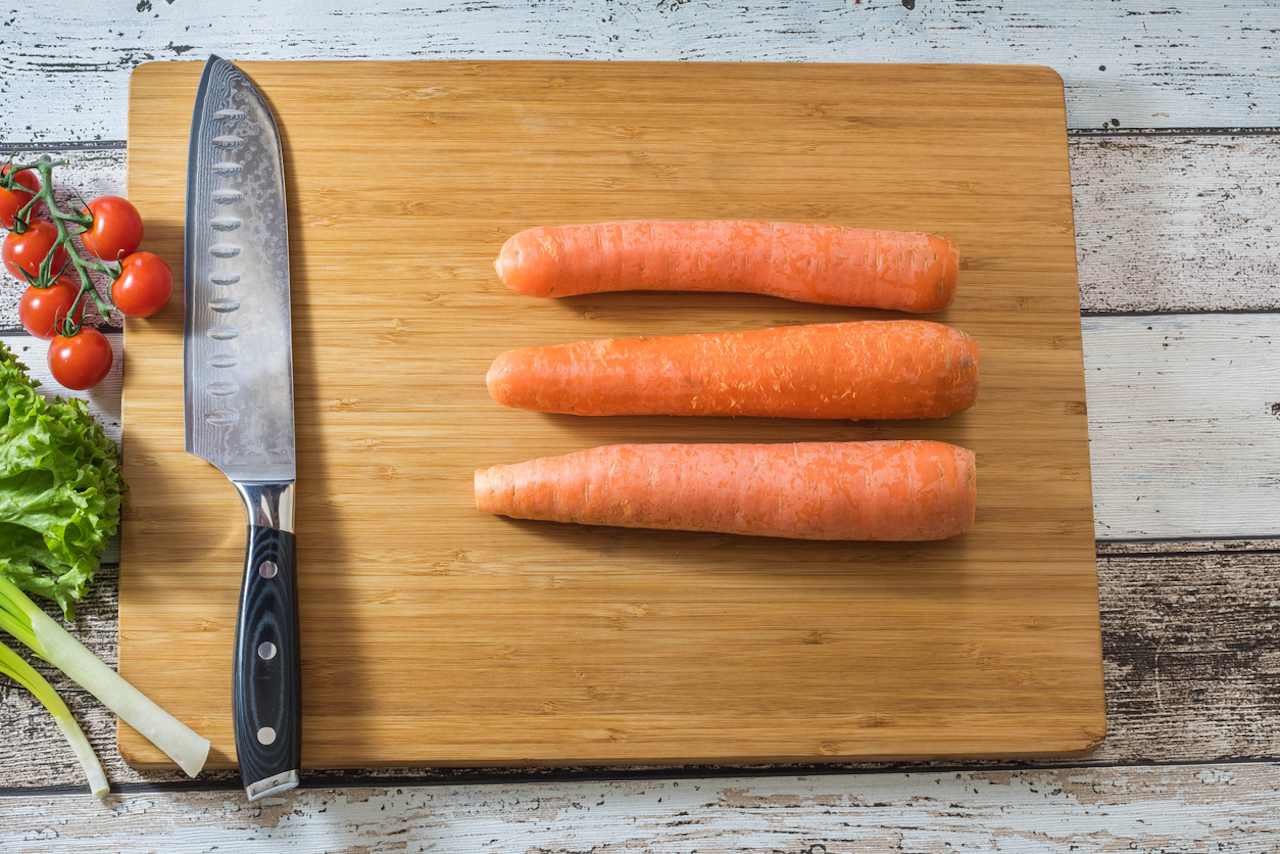 Santoku knife and carrots